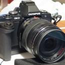 OM-D E-M5 LUMIX G X VARIO 12-35mm/F2.8を購入
