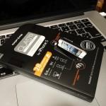 iPhone 5sの液晶保護は、SPIGEN SGP iPhone5/5S/5C シュタインハイル Glas.t R [SLIM]を使っています